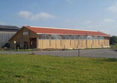 fertiggestellter landwirtschaftlicher Bau von Holzbau Zimmerei Reichart