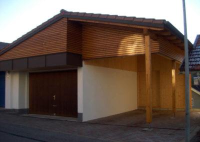 Holzverkleidung eines Hauses