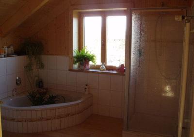 Wandverkleidung eines Badezimmers